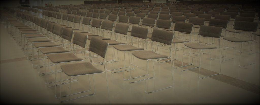 Location de chaises de conférence et congrès avec protection non-feu M1